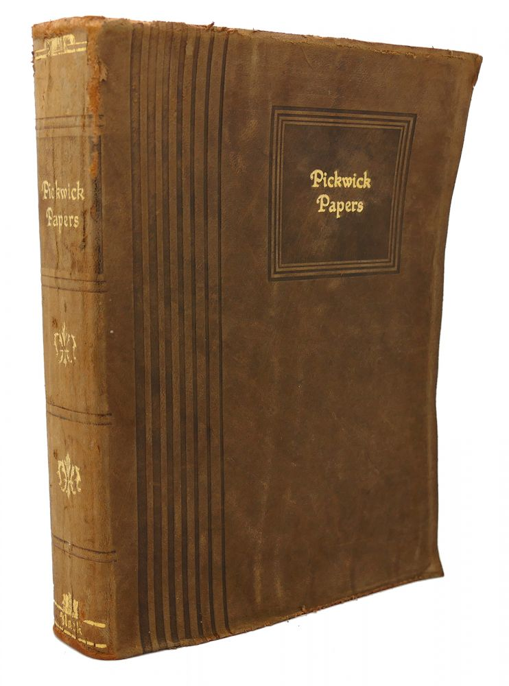 THE PICKWICK PAPERS The Posthumous Papers of the Pickwick Club. Charles Dickens.