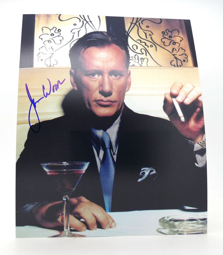 JAMES WOODS SIGNED PHOTO Autographed. actor James Woods.