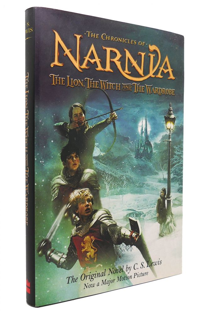 THE LION, THE WITCH AND THE WARDROBE The Chronicles of Narnia. C. S. Lewis.