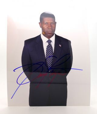 DENZEL WASHINGTON SIGNED PHOTOGRAPH Autographed. Denzel Washington