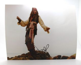 JOHNNY DEPP SIGNED PHOTOGRAPH