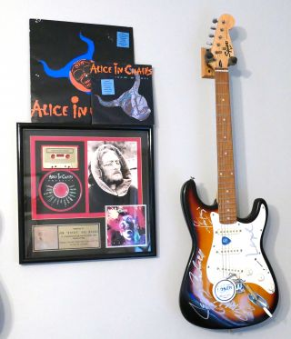 SIGNED ALICE IN CHAINS GUITAR Signed