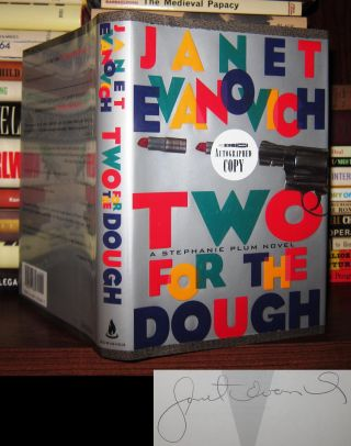 TWO FOR THE DOUGH Signed 1st. Janet Evanovich